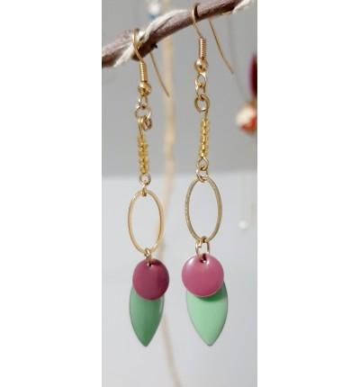 Boucle d'oreilles Bohème Chic dorées, avec sequins en émail lilas et vert menthe